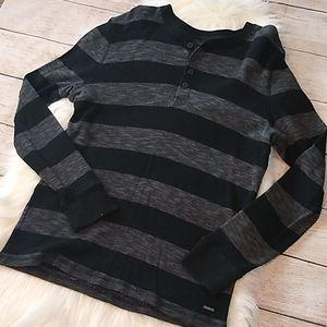 EXPRESS Men's Waffle Long Sleeve Button Neck Shirt